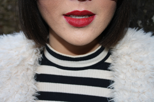 red lips stripes